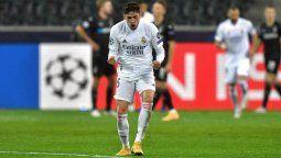 En el encuentro más destacado de la jornada, el Real Madrid remontó un 2 a 0 como visitante para seguir con chances netas de clasificarse a la siguiente fase.