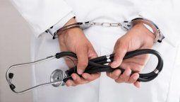 El traumatólogo Sebastián Solano S. (49) fue condenado como responsable del homicidio culposo de Maximiliano Iñiguez (21) ocurrido el 16 de abril de 2014.
