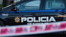 La tranquilidad de la localidad de Maciel se vio afectada en la madrugada de este jueves cuando un grupo de delincuentes no identificados balearon la vivienda de la secretaria comunal de la localidad.