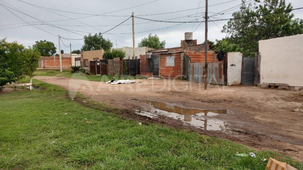 Llerena 3500 del barrio Los Hornos. Acá le dispararon al hombre de 31 años