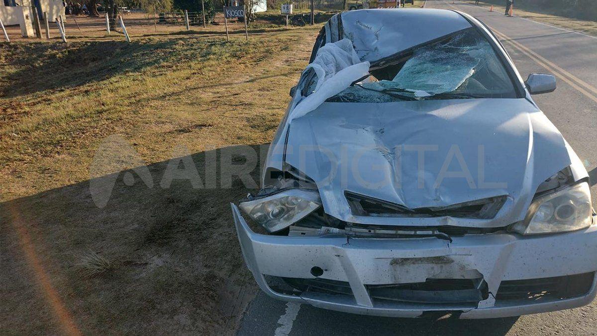 Accidente fatal en la ruta provincial N°1: murió un joven policía luego de que el auto en el que viajaba embistió un caballo