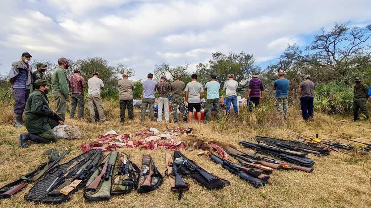 Abigeato en La Gallareta: un comisario, empleados públicos, un arsenal y la matanza de ovejas y chivos