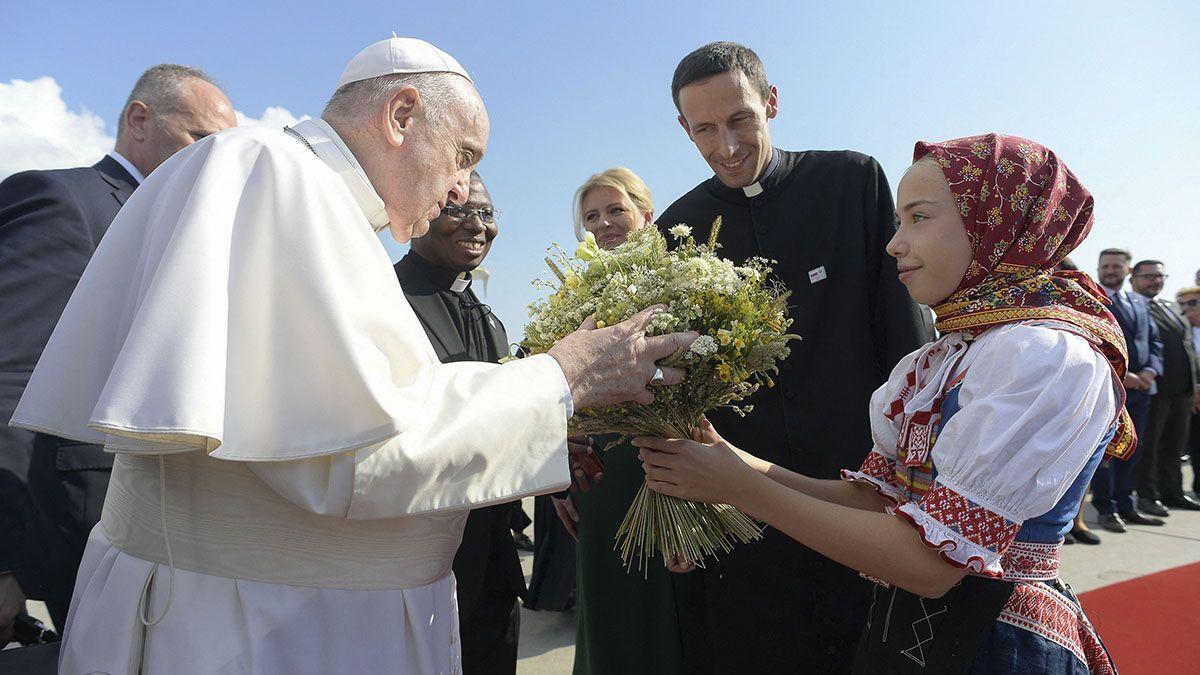 El papa Francisco llegó a Eslovaquia