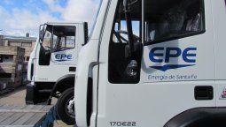 Dos licitaciones por más de $ 38 millones realizó la Empresa Provincial de la Energía, para la incorporación de dos camiones y cinco grúas hidráulicas para vehículos.