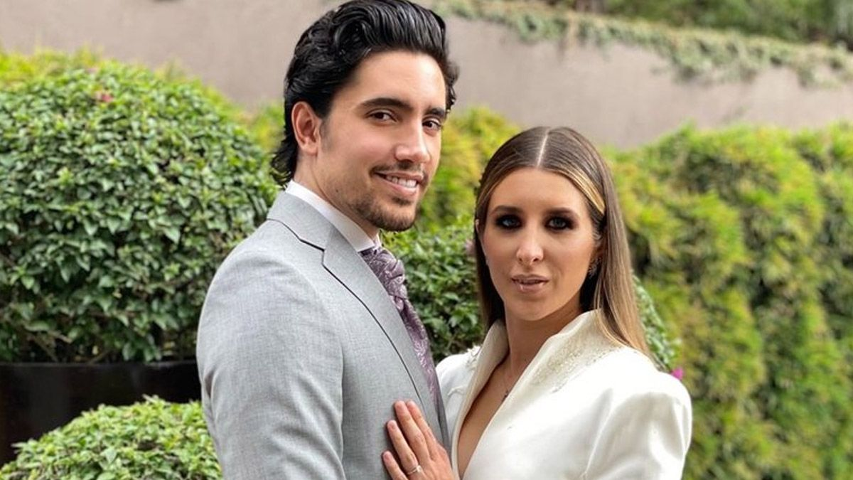 Alex Fernández, nieto de Antonio Fernandez y su esposa Alexia Hernández anuncian que serán padres