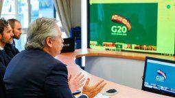 El presidente Alberto Fernández dijo este domingo que el mundo está ante un verdadero cambio de época y advirtió que erradicar la pobreza será un objetivo lejano si los gobernantes no renuevan su determinación para dar respuesta a este desafío global provocado por el coronavirus, al hablar en el segundo día de sesiones de la cumbre de líderes del G20.