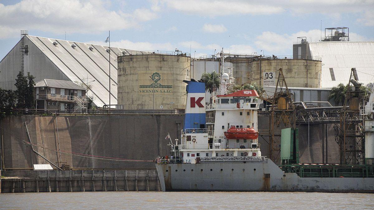Una de las terminales portuarias de Vicentín en el Gran Rosario.