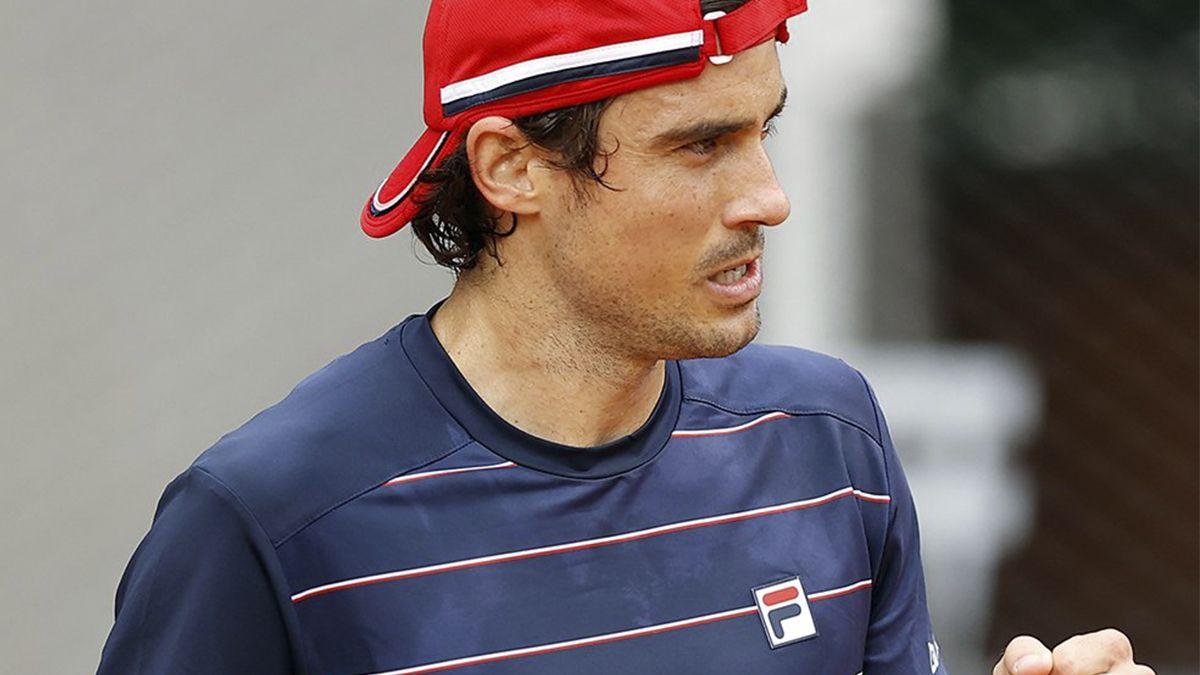 Guido Pella le ganó a Salvatore Caruso en Roland Garros y en segunda ronda jugará contra Millman o Carreño Busta.