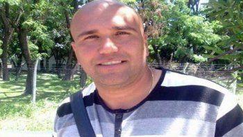 Vélez: continúa prófugo el director técnico de fútbol acusado de abuso