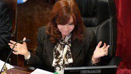 La oficina de prensa de la vicepresidenta emitió un comunicado en el que celebró la decisión de la Sala 2 de la Cámara de Apelaciones y sostuvo quela Justicia nuevamente le dio la razón a Cristina.