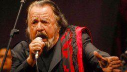 A cuatro años de la muerte del artista folclórico, Horacio Guarany, el Concejo de la ciudad elaboró un proyecto para rendir homenaje a la figura que vivió, compuso y cantó a Santa Fe.