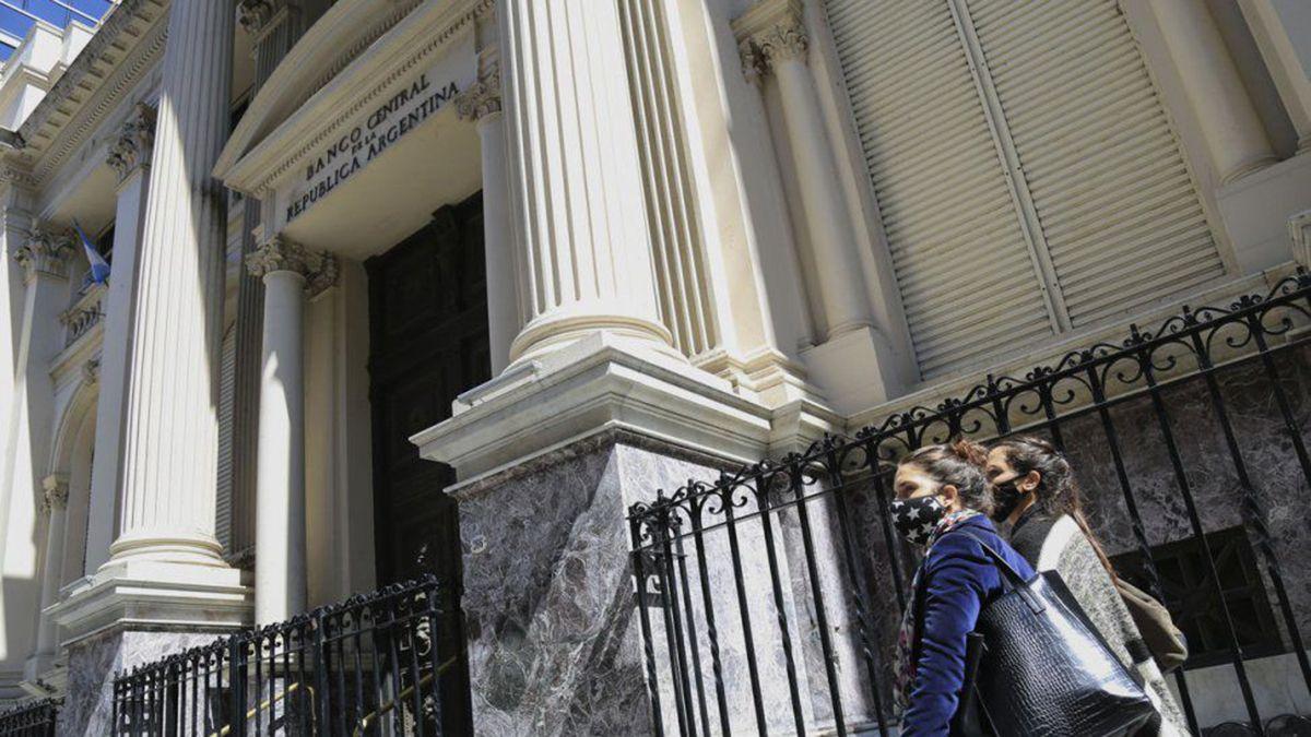 Las reservas del Banco Central tuvieron una fuerte caída en los últimos meses.