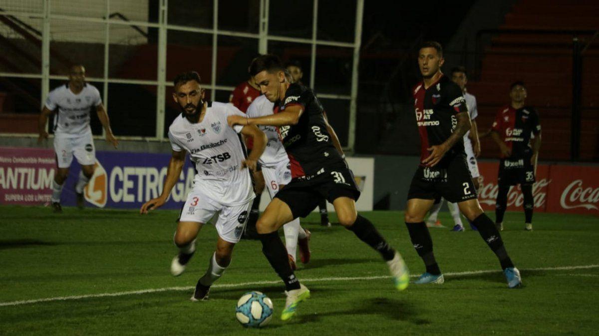 Colón derrotó 1-0 a Cipolletti y avanzó a 16avos. de la Copa Argentina