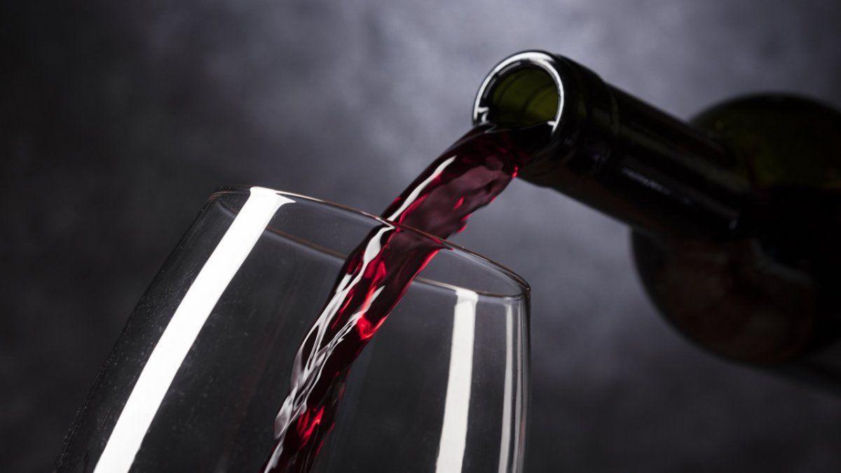 La asignación de un cupo específico de financiamiento para inversión es parte del plan del Gobierno Nacional de impulso a las exportaciones vitivinícolas anunciado para llegar a los u$s 1.000 millones de ventas al exterior de vinos fraccionados y se suma al aumento de más del 100% en los reintegros a las exportaciones recientemente otorgado.
