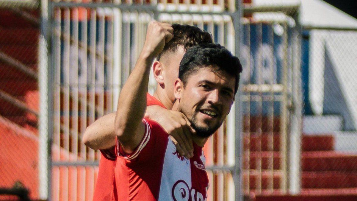Unión venció 2-0 a Patronato y consiguió volver al triunfo en el Torneo de la Liga Profesional en una semana complicada luego de la salida del Vasco Azconzábal.