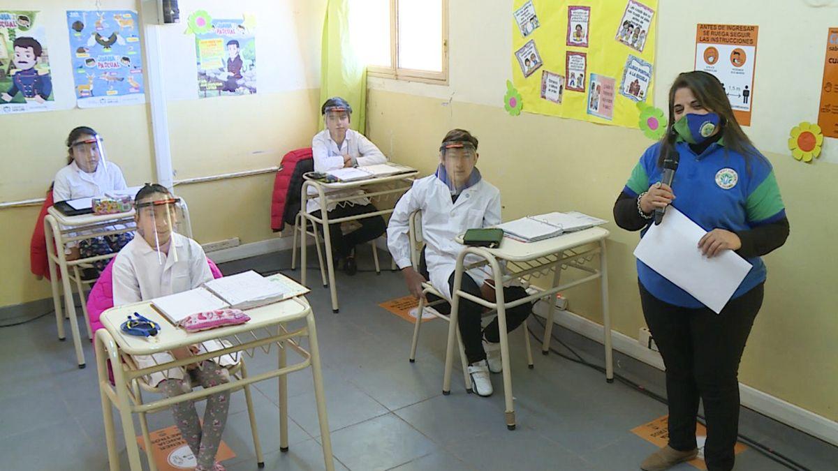 El gobierno nacional autorizó la vuelta a clases y cada jurisdicción lo decidirá según su situación sanitaria