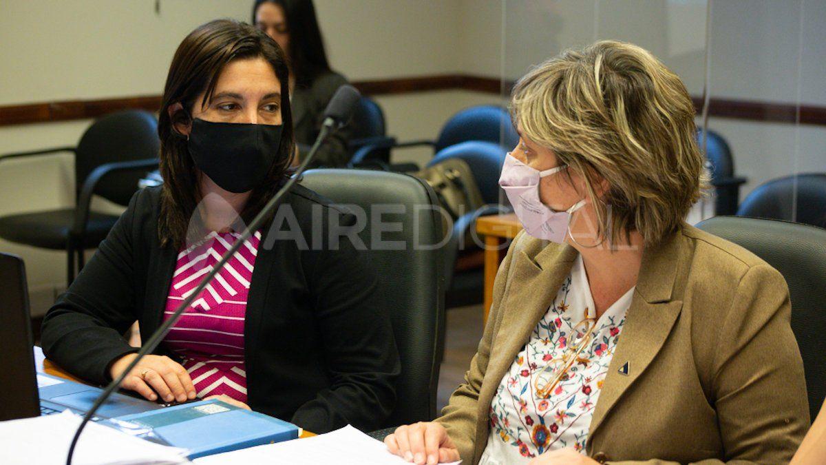 Las fiscales Urquiza y Jiménez solicitaron el miércoles pasado que los acusados queden detenidos en prisión hasta que llegue el juicio.