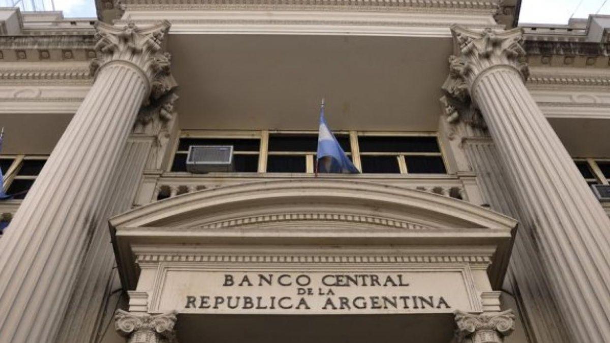 El BCRA anunció nuevo esquema para que importadores accedan a dólares para cancelar obligaciones