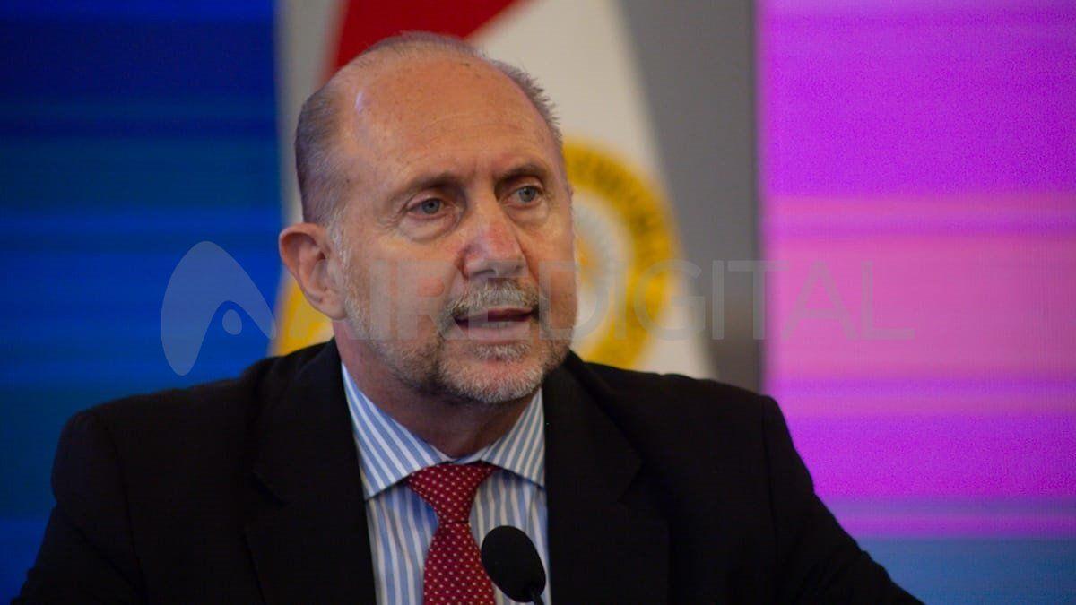 Omar Perotti habló de la infraestructura de Salud de Santa Fe y de la comparación con provincias como Córdoba y Buenos Aires.