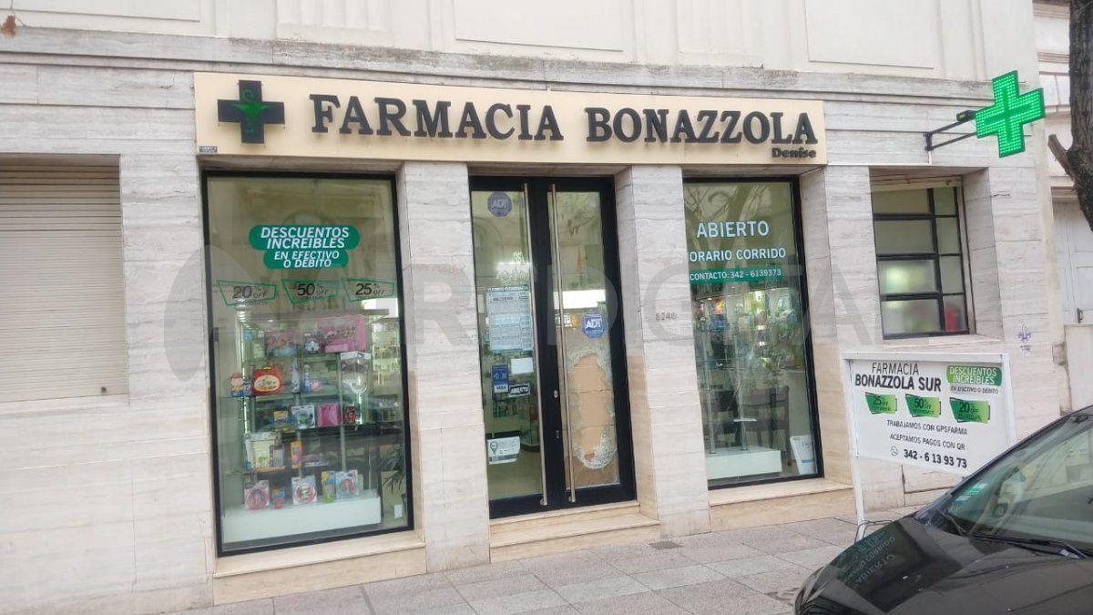 Detuvieron al ladrón adentro de la Farmacia Bonazzola