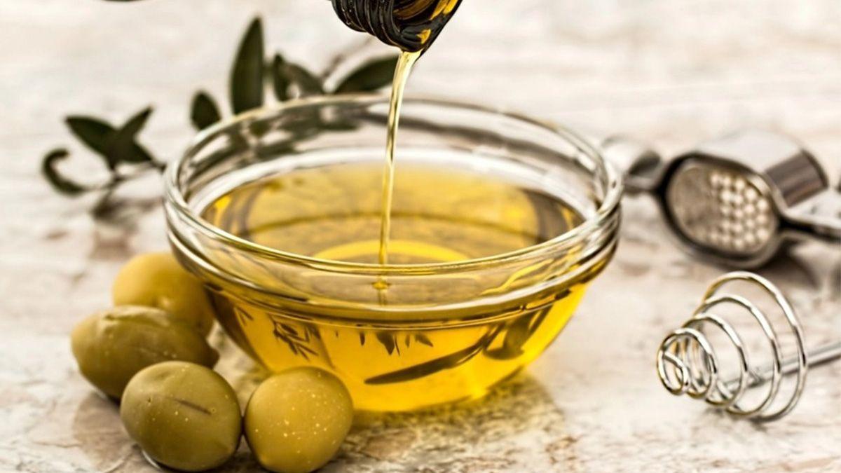 La ANMAT prohibió la venta de dos aceites de cocina