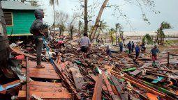 Diez de los muertos se dieron en Nicaragua, dos en el archipiélago colombiano de San Andrés, Providencia y Santa Catalina, uno en Panamá y otro en El Salvador, consignó la agencia de noticias AFP.