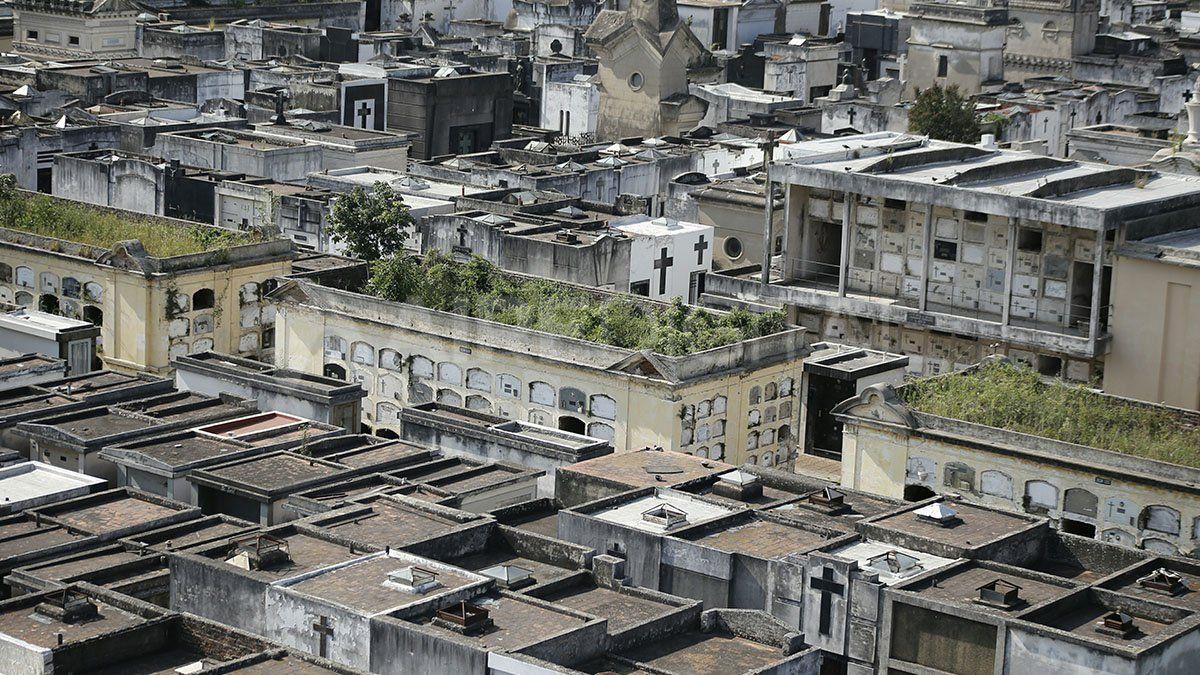 La situación del Cementerio de Santa Fe es crítica y obliga a demoler algunos sectores