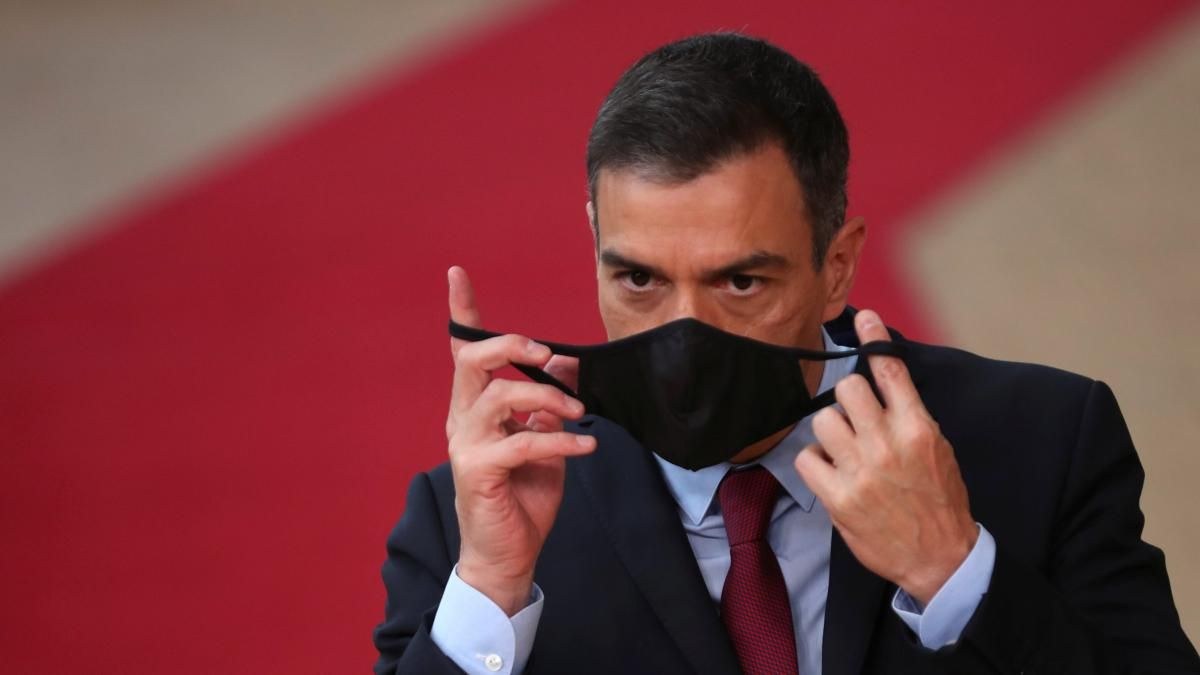 España dejará de usar barbijo al aire libre.