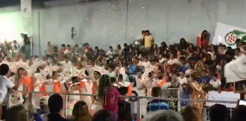 Córdoba: Se derrumbó una tribuna en un carnaval y hay más de 30 heridos