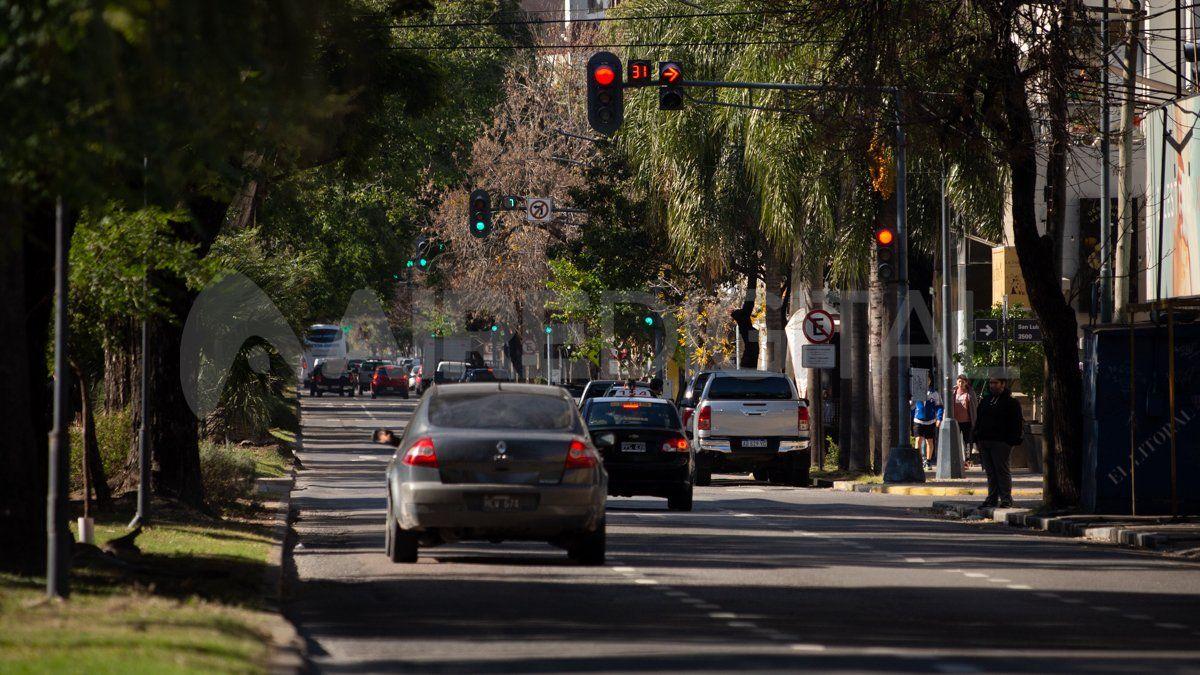 Hasta las 00 horas del lunes continúa la restricción vehicular total en la provincia de Santa Fe