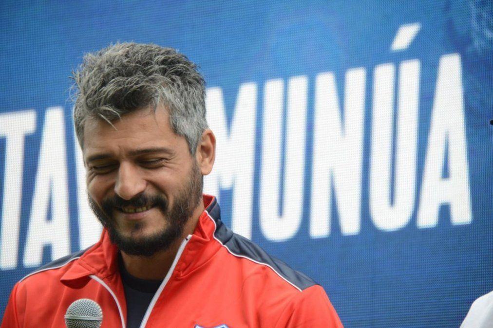 Gustavo Munúa sucederá a Juan Manuel Azconzábal en Unión y tendrá su primera experiencia como entrenador en el fútbol argentino.