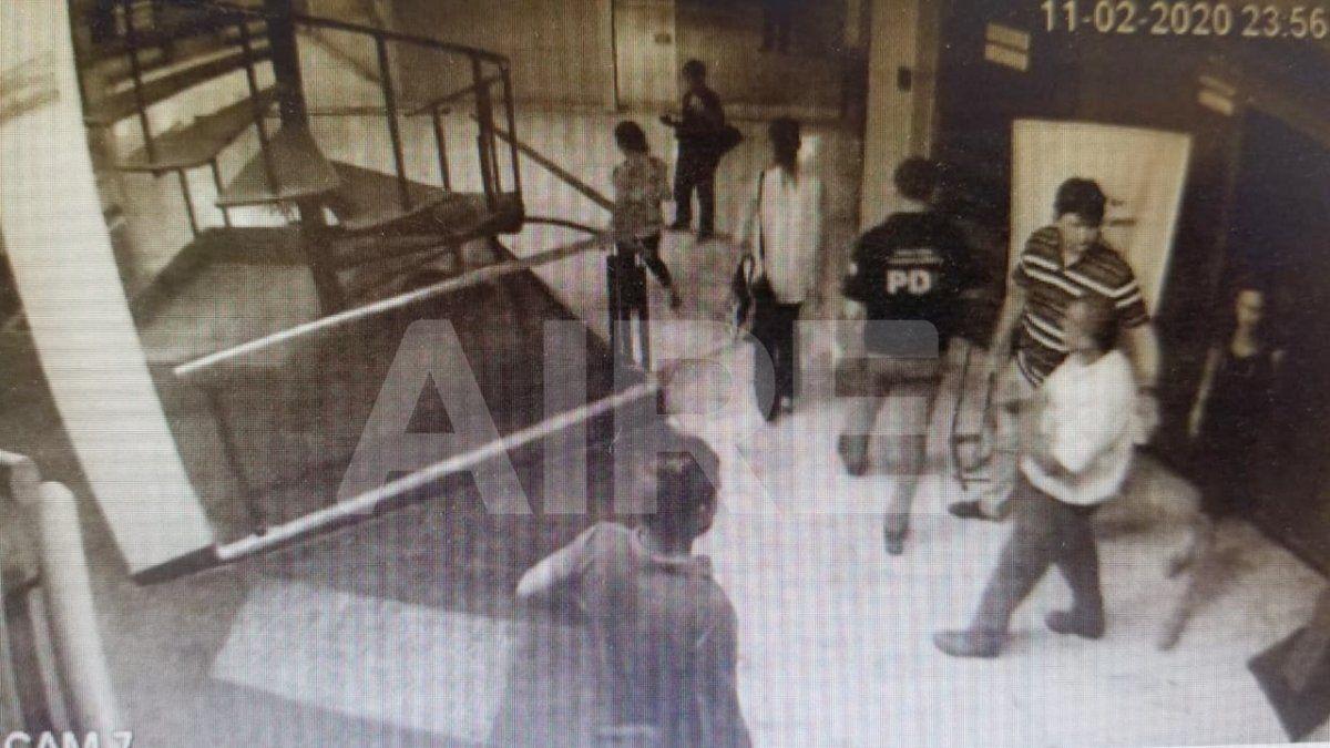 La fiscal Ferraro llegó junto a policías a la galería Rivadavia a las 23.56 del 11 de febrero de 2020, el día del homicidio del empresario. Luego se hicieron presentes los familiares de Oldani.