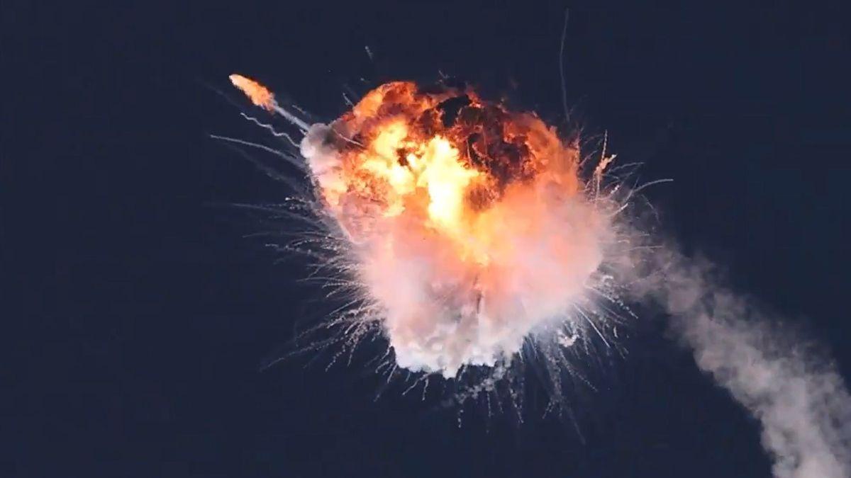 El cohete Alpha se desvió y dio una vuelta. La estructura soportó y parecía recuperar rumbo