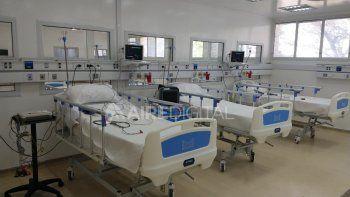 El efector cuenta con 68 camas para pacientes covid: 48 camas generales, cuatro de terapia intermedia y 16 de terapia intensiva.