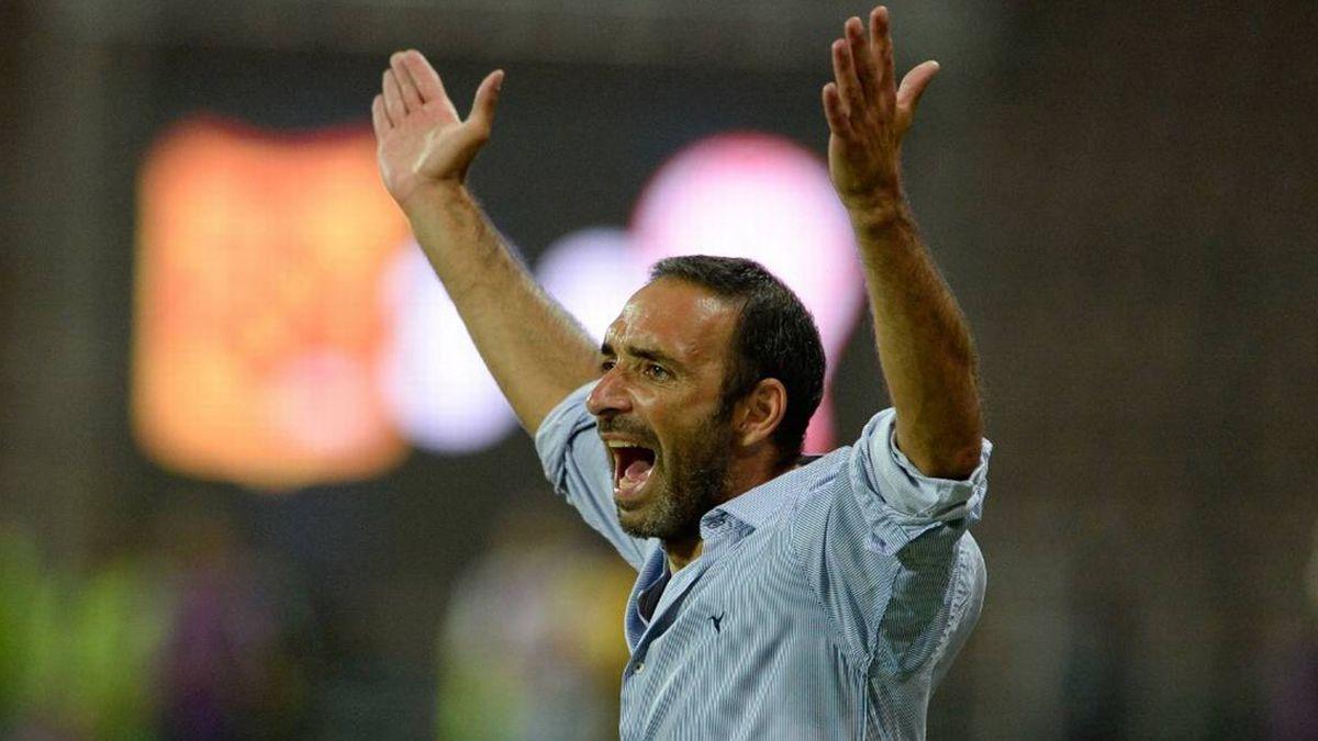 Juan Manuel Azconzábal arregló su salida de Antofagasta y será oficializado como DT de Unión