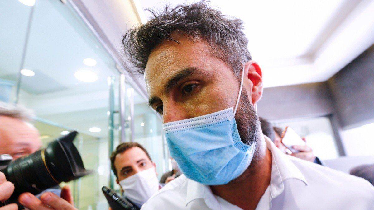 Caso Maradona: el viernes peritan los cuatro celulares secuestrados al médico y la psiquiatra
