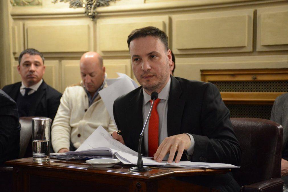 El senador Lisandro Enrico fue mencionado por el abogado del zar del juego clandestino