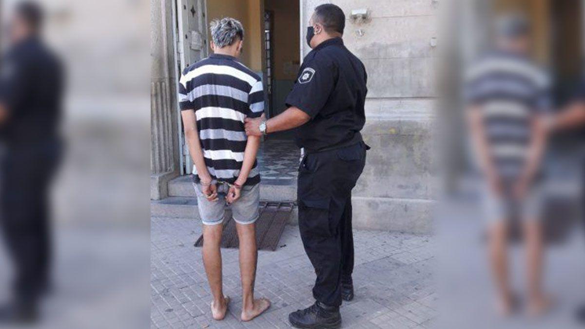 El muchacho de 19 años fue detenido el 2 de enero tras un allanamiento en el barrio Centenario