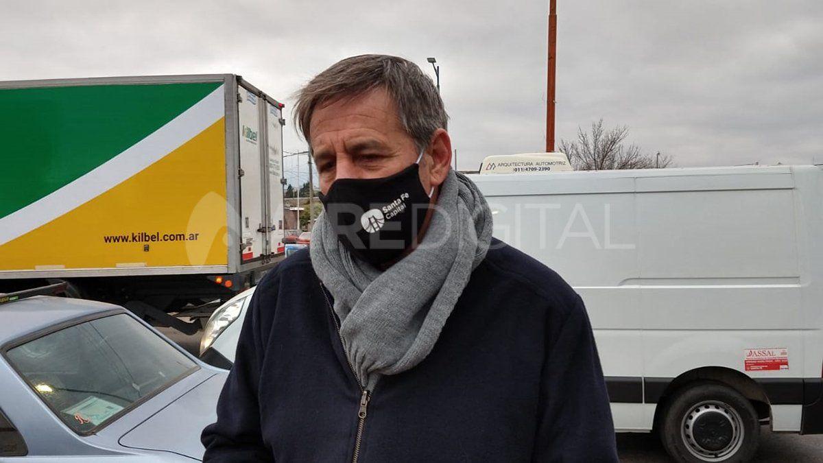 El intendente Emilio Jatón recorrió los operativos de control de coronavirus en la ciudad.