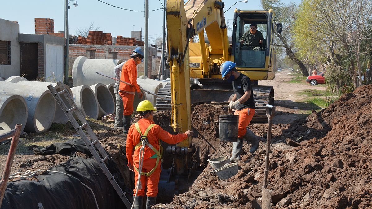 Se están finalizando importantes obras de infraestructura en los barrios Centenario