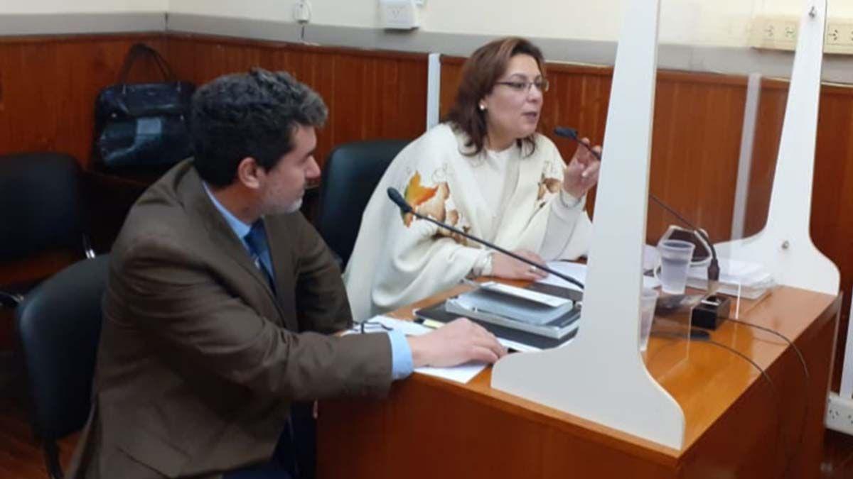 Los fiscales Susana Pepino y Matías Merlo en la audiencia llevada a cabo esta tarde en los tribunales de Melincué.