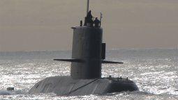 La querella mayoritaria de familiares de tripulantes del submarino ARA San Juan denunció este miércoles al expresidente Mauricio Macri y al exministro de Defensa Oscar Aguad por el presunto encubrimiento del hundimiento del submarino.
