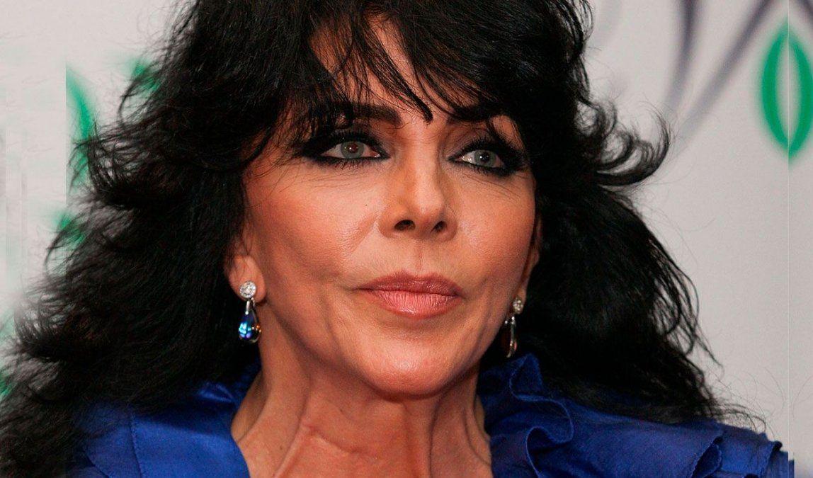 Verónica Castro se mostró a cara lavada e impactó a todos.