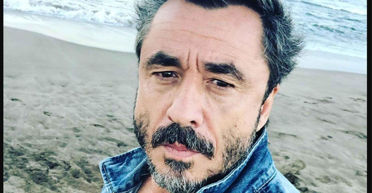 Pablo Granados grabó un divertido video para desarticular las fake news sobre las vacunas
