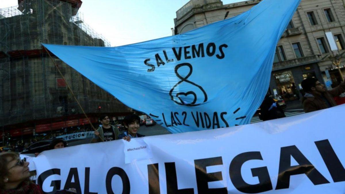Organizaciones provida marcharán contra el tratamiento de la ley del aborto legal. La convocatoria es este sábado 28 de noviembre en la plaza del Soldado.