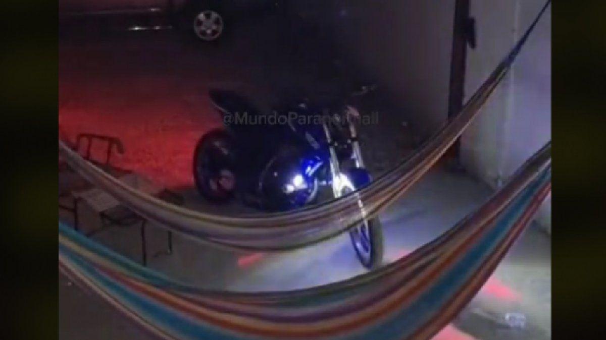 Un fantasma arrancó una moto