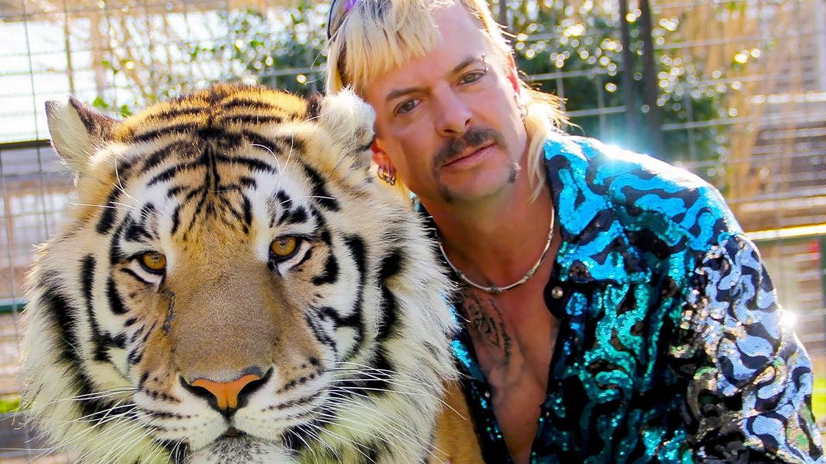 Joe Exotic es el polémico protagonista de la serie Tiger King de Netflix que terminó preso por contratar sicarios para asesinar a la dueña de otro parque de felinos.