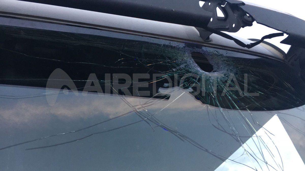 El conductor del camión sufrió el golpe en la cabeza pero está bien de salud.