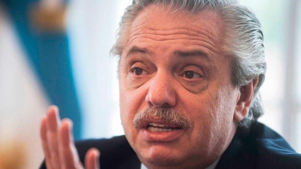 El presidente Alberto Fernández se reúne con los gobernadores del norte con la discución de las PASO en tema.