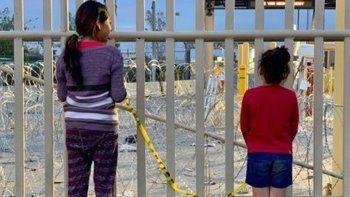 Estados Unidos amplía un mes más el cierre de su frontera con México debido al covid